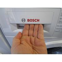 Bosch WAT24320FF - Ouverture du tiroir à détergents