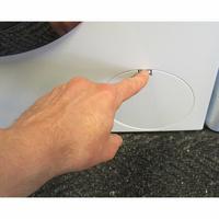 Bosch WAW28750FF ActiveOxygen Série 8 - Ouverture de la trappe du filtre de vidange