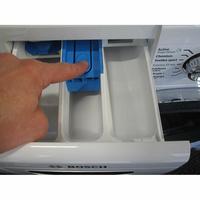 Bosch WAW28750FF ActiveOxygen Série 8 - Bouton de retrait du bac à produits