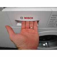 Bosch WIW28340FF - Ouverture du tiroir à détergents