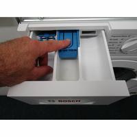 Bosch WIW28340FF - Bouton de retrait du bac à produits