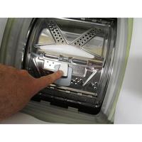 Bosch WOR24156FF - Bouton d'ouverture des portillons