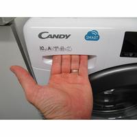 Candy CSS1410TR3/1-47 - Ouverture du tiroir à détergents
