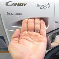 Candy GVS129DWC3 Grand'Ovita - Ouverture du tiroir à détergents
