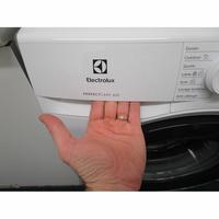 Electrolux EW6F4840SP(*10*) - Ouverture du tiroir à détergents