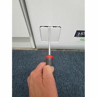 Electrolux EW6T3366AZ - Outil nécessaire pour accéder au filtre de vidange