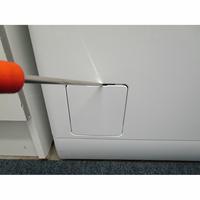 Electrolux EW7T3463IK - Outil nécessaire pour accéder au filtre de vidange