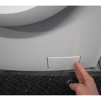Electrolux EWF1284EOW(*10*) - Ouverture de la trappe du filtre de vidange