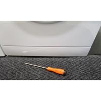 Far (Conforama) LF120510(*27*) - Outil nécessaire pour accéder au filtre de vidange