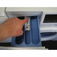 Haier HW70-14636  - Bouton de retrait du bac à produits