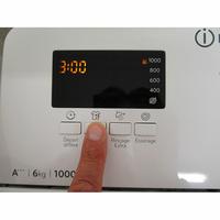 Indesit BTWD61053 - Afficheur et touches d'options
