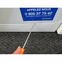 Indesit EWC61252W FR(*32*) - Outil nécessaire pour accéder au filtre de vidange