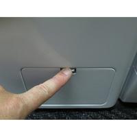 LG F74902WH - Ouverture de la trappe du filtre de vidange
