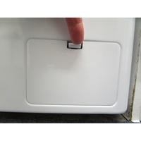 LG F94N51WHSB - Ouverture de la trappe du filtre de vidange