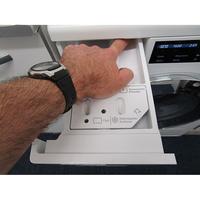 Miele WCI660 TDos XL&Wifi - Bouton de retrait du bac à produits