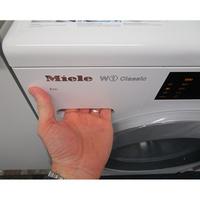 Miele WDB020(*38*) - Ouverture du tiroir à détergents
