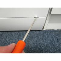 Proline (Darty) FP581WH - Outil nécessaire pour accéder au filtre de vidange