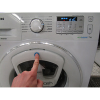 "Samsung WW70K5413WW AddWash - Interruption de la machine à l'ouverture du hublot ""AddWash"""