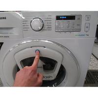 "Samsung WW70K5413WW AddWash - Ouverture du hublot ""AddWash"""