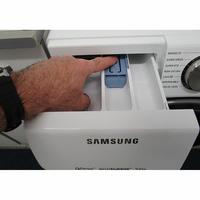 Samsung WW90M645OPW - Bouton de retrait du bac à produits