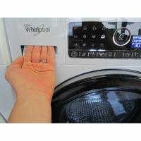 Whirlpool FSCR12443 6ème Sense Live(*37*) - Ouverture du tiroir à détergents