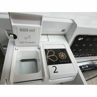 Whirlpool FSCR12443 6ème Sense Live(*37*) - Compartiment spécifique pour la lessive liquide