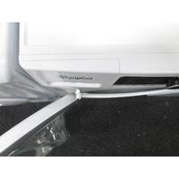 Whirlpool FSCR80413 - Angle d'ouverture de la porte