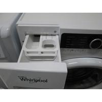 Whirlpool FSCR80413 - Repère maximal sur compartiment à adoucissant