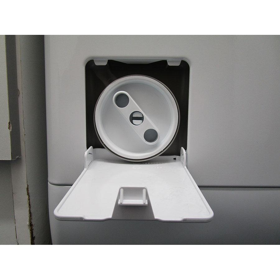 AEG L6TBD624G - Bouchon du filtre de vidange