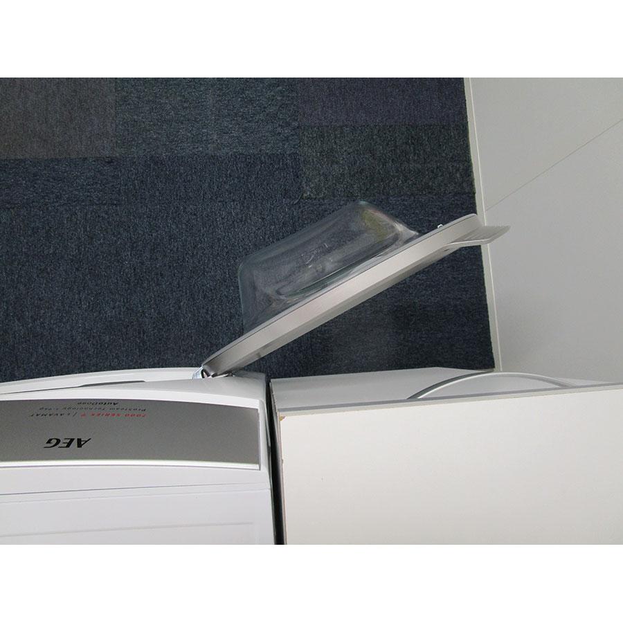 AEG L7FEE169D - Angle d'ouverture de la porte