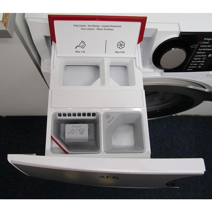 AEG L7FEE169D - Compartiments à produits lessiviels