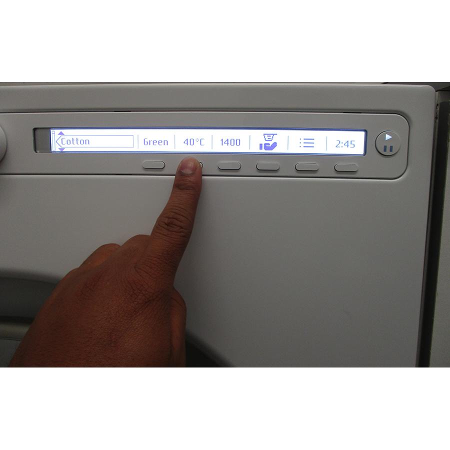 Asko W2096P.W/2 - Afficheur et touches d'options