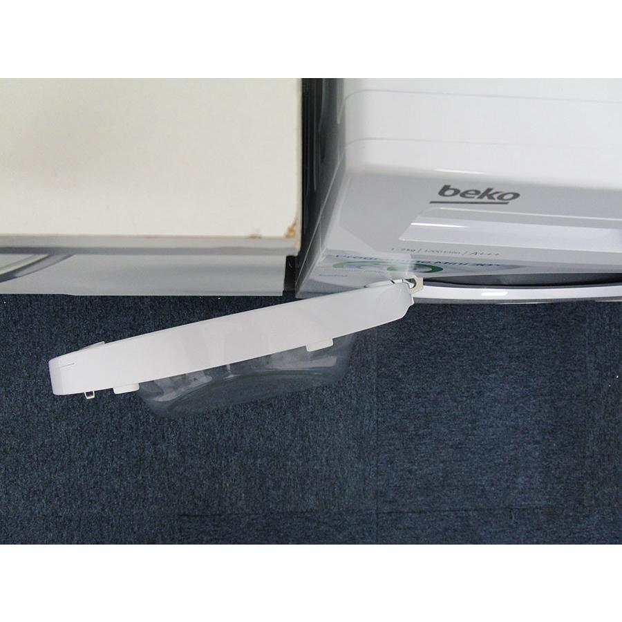 Beko WCA270 - Angle d'ouverture de la porte