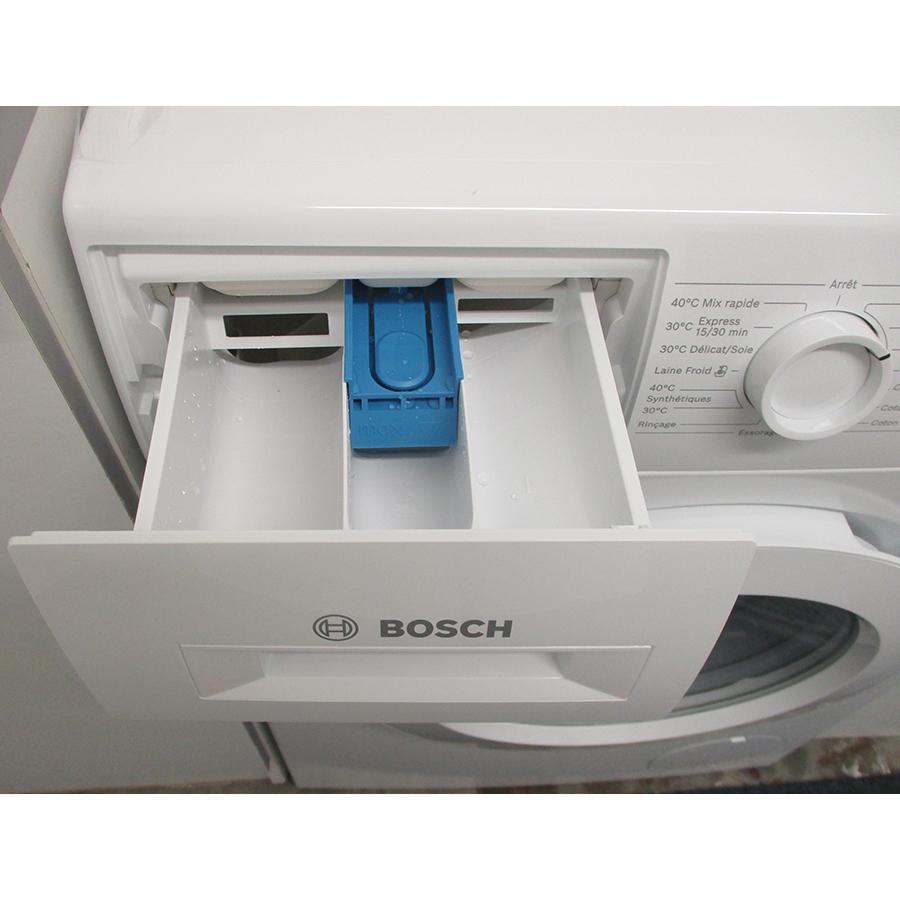 Bosch WAJ28057FF - Compartiments à produits lessiviels