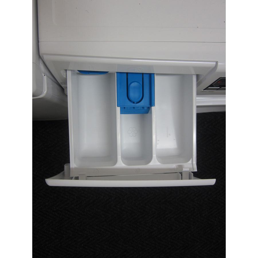 Bosch WAK28260FF Série 4 (*15*) - Compartiments à produits lessiviels