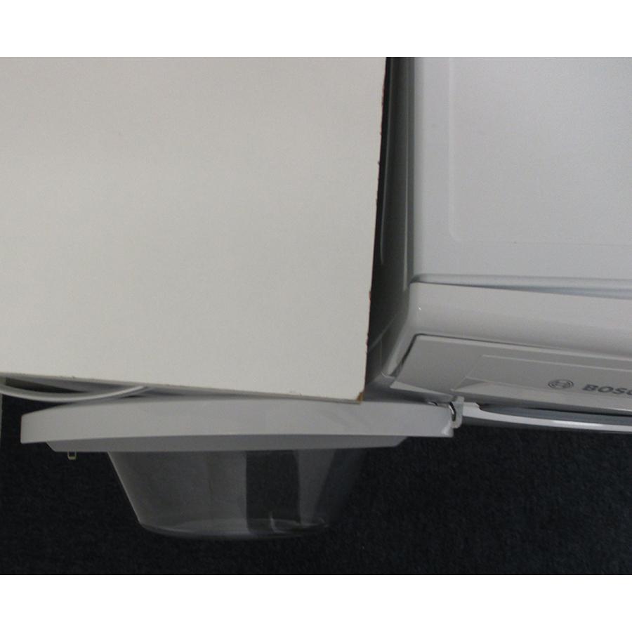 Bosch WAN24208FF - Angle d'ouverture de la porte