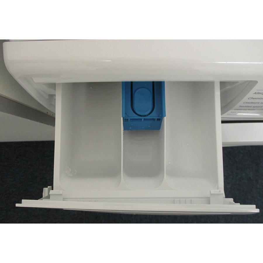 Bosch WAN24208FF - Compartiments à produits lessiviels