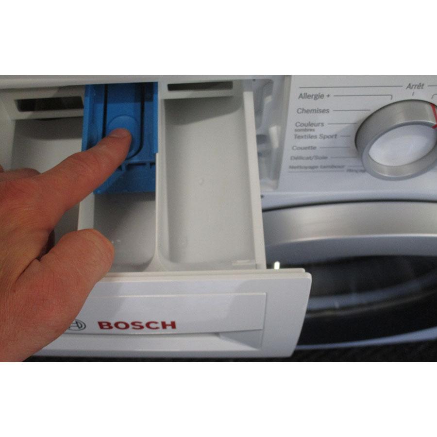 Bosch WAN28150FF Série 4 - Bouton de retrait du bac à produits