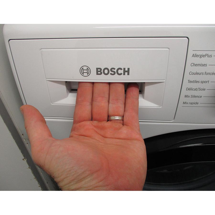 Bosch WAN28209FF - Ouverture du tiroir à détergents
