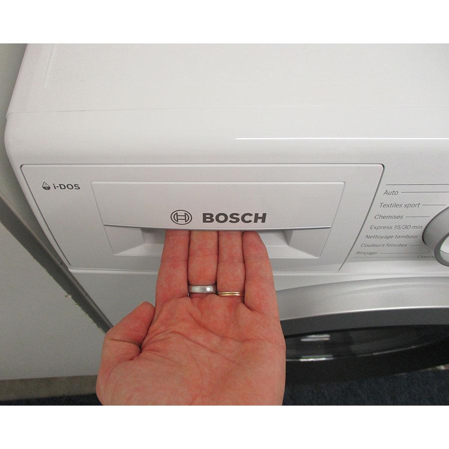 Bosch WAU28S09FF I-Dos - Ouverture du tiroir à détergents