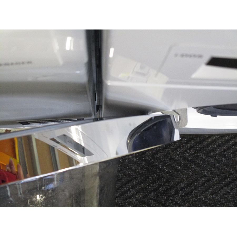 Bosch WAWH2660FF Home Connect Série 8(*34*) - Angle d'ouverture de la porte