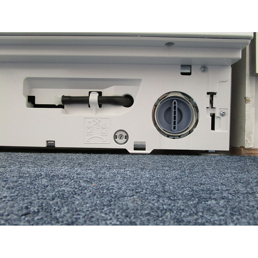 Bosch WIW28340FF - Bouchon du filtre de vidange