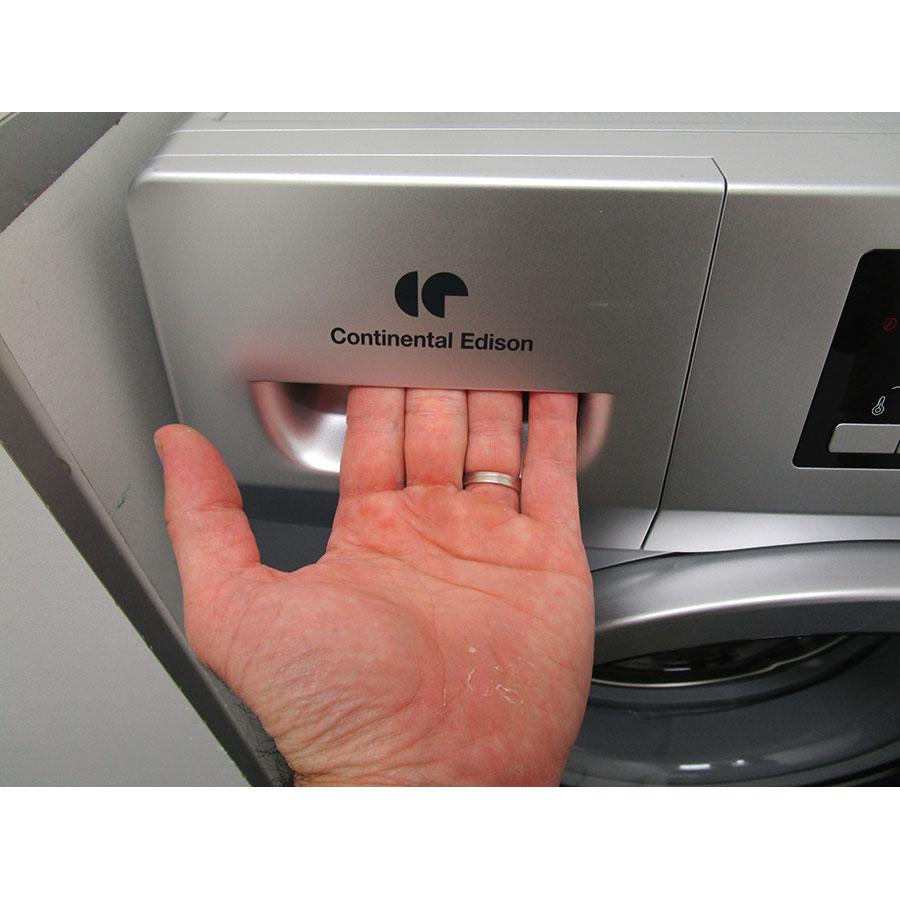 Continental Edison (Cdiscount) CELL914DDS - Ouverture du tiroir à détergents