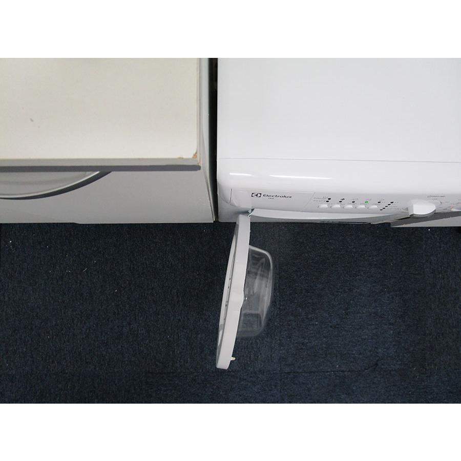 Electrolux EWC1350 - Angle d'ouverture de la porte