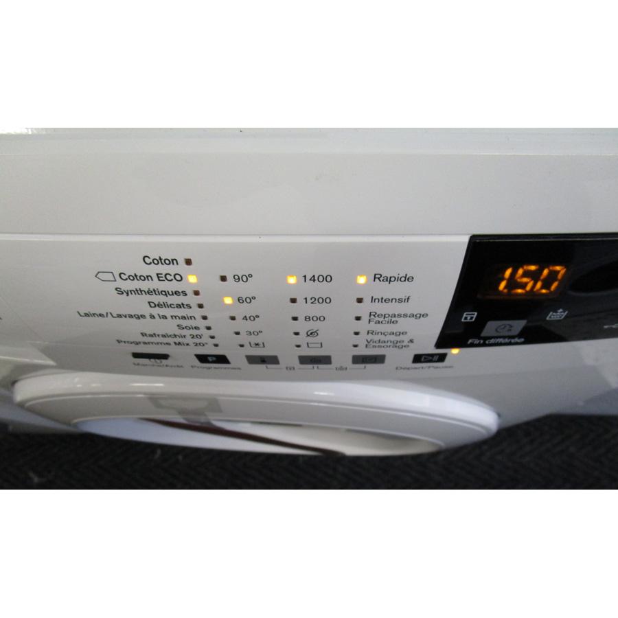 Electrolux EWF1483BB - Visibilité du sélecteur de programme