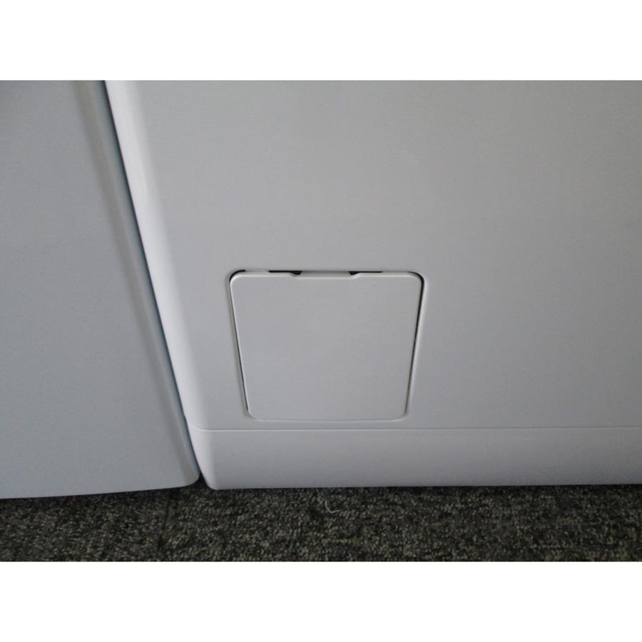 Electrolux EWT1274AOW (*16*) - Trappe du filtre de vidange