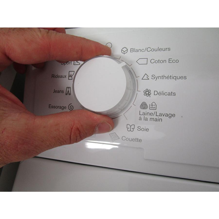 Electrolux EWT1365EL2 - Visibilité du sélecteur de programme