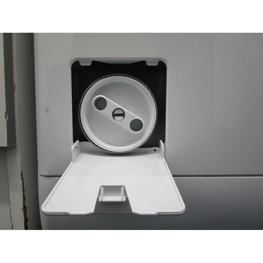 Electrolux EWT1365EL2 - Bouchon du filtre de vidange