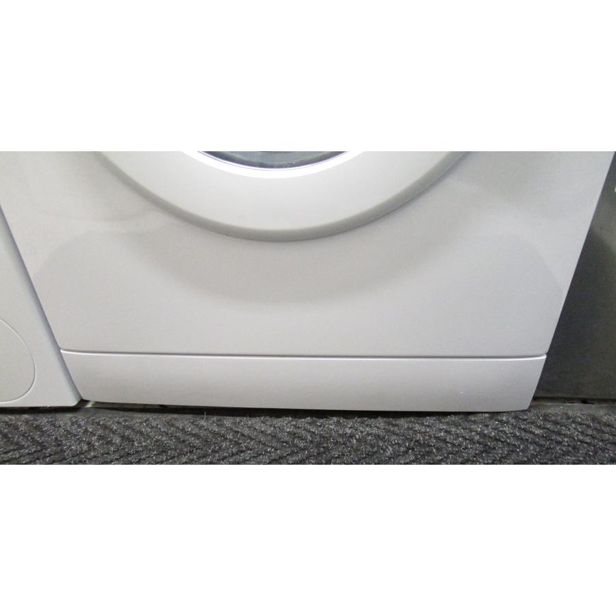 Far (Conforama) LF120510(*27*) - Plinthe masquant le filtre de vidange