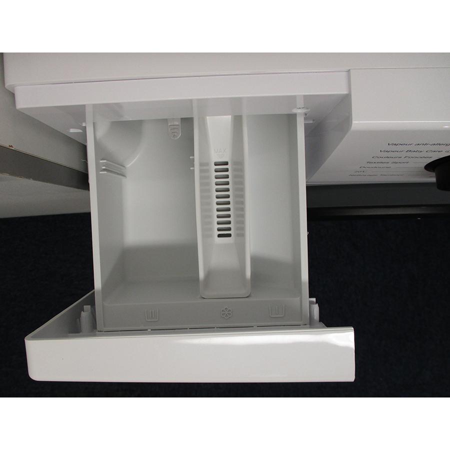 Hisense W712PVM - Compartiments à produits lessiviels